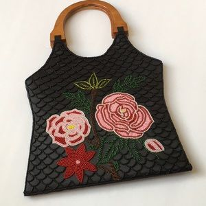 Wooden Handles Floral Beaded Handbag